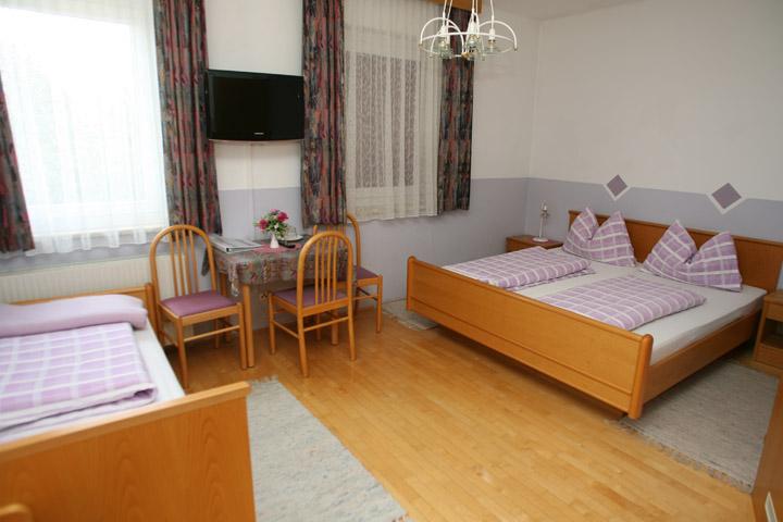 Mehrbettzimmer-Gasthof-Ogris-Ludmannsdorf