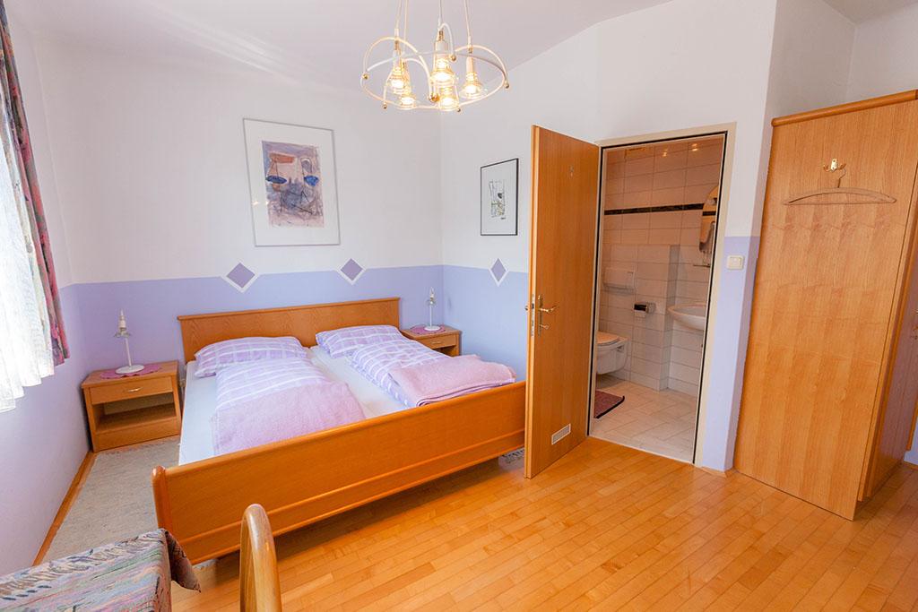 Gasthaus_Ogris_Dreibettzimmer_2